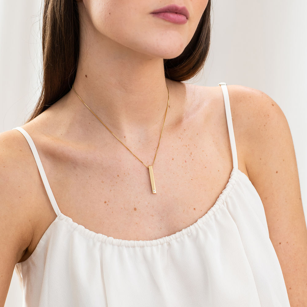 Vertical 3D Bar Necklace in Gold Plating with a Diamond - 4