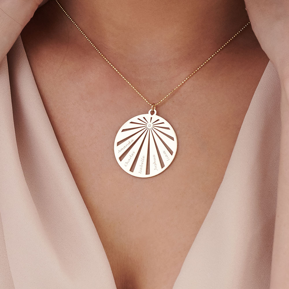 Engraved Circle Family Necklace with Diamond in 10ct Gold - 2