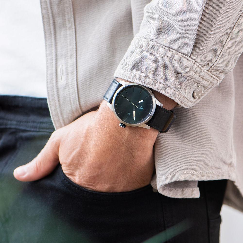 Odysseus Day Date Minimalist Leather Strap Watch - 7