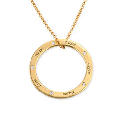 Engraved Family Circle Necklace for Mum in Gold Plating product photo
