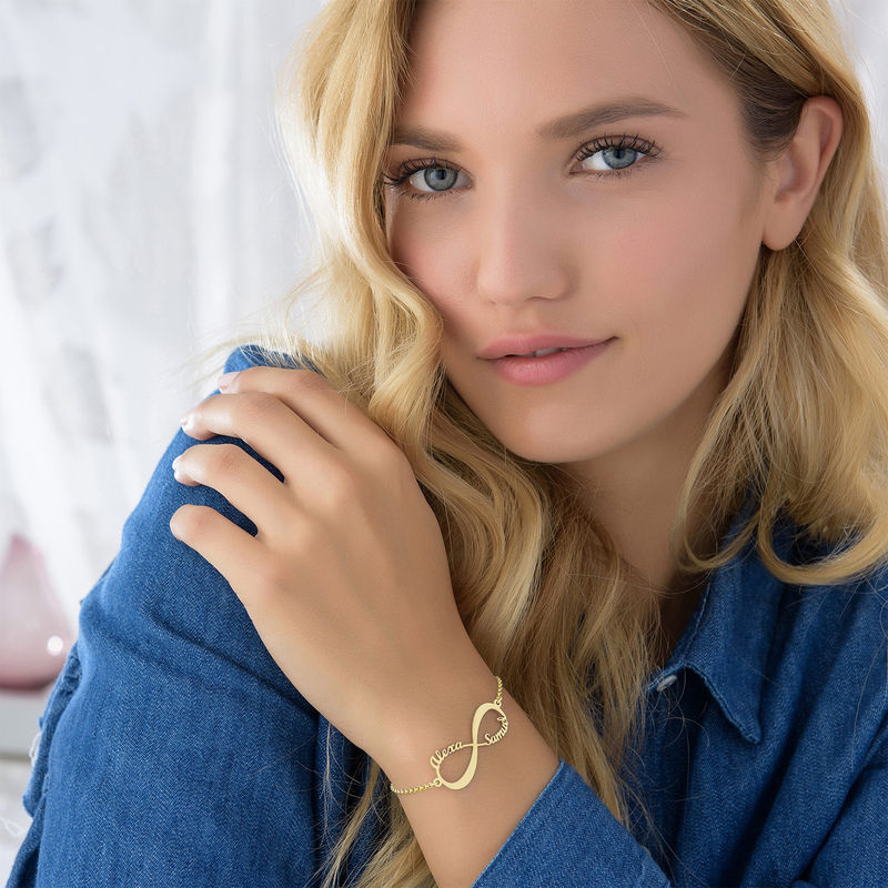 Infinity-Armband mit Namen aus 750er Gold - 3