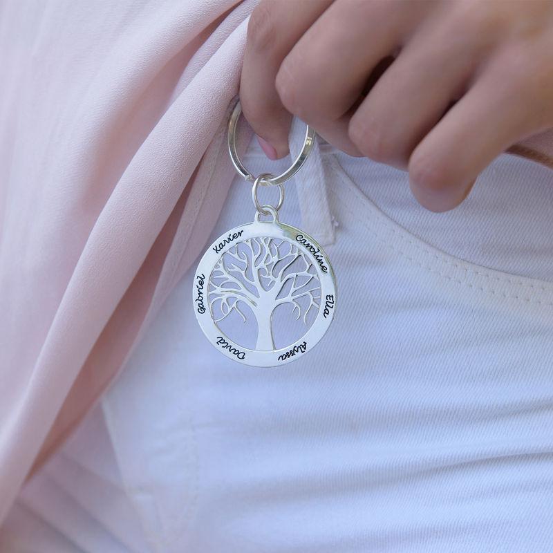 Familienbaum-Schlüsselanhänger aus Silber mit Gravur - 2