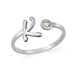 Offener Initial-Ring mit Geburtsstein product photo