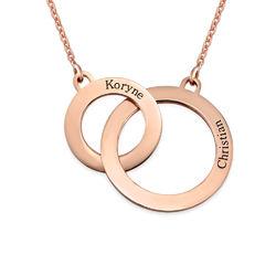 Kette mit gravierten Eternity-Kreisen mit Rosé-Vergoldung Produktfoto