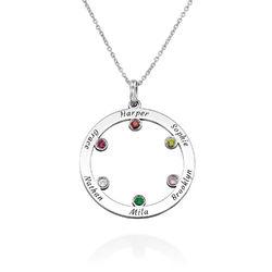 Die Familienkreis Halskette mit Geburtssteinen aus Sterlingsilber Produktfoto