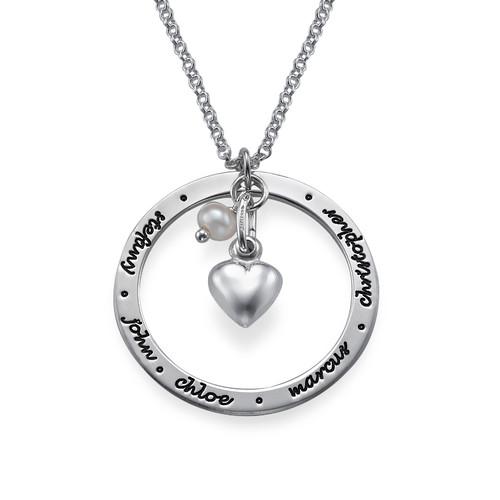 Personalisierter Mutterschmuck aus Silber
