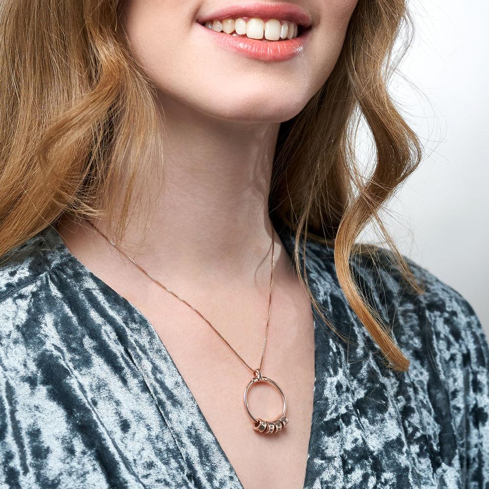Linda Kreisanhänger-Kette mit Blatt und personalisierten Beads™ mit 750er-Roségold-Beschichtung - 6