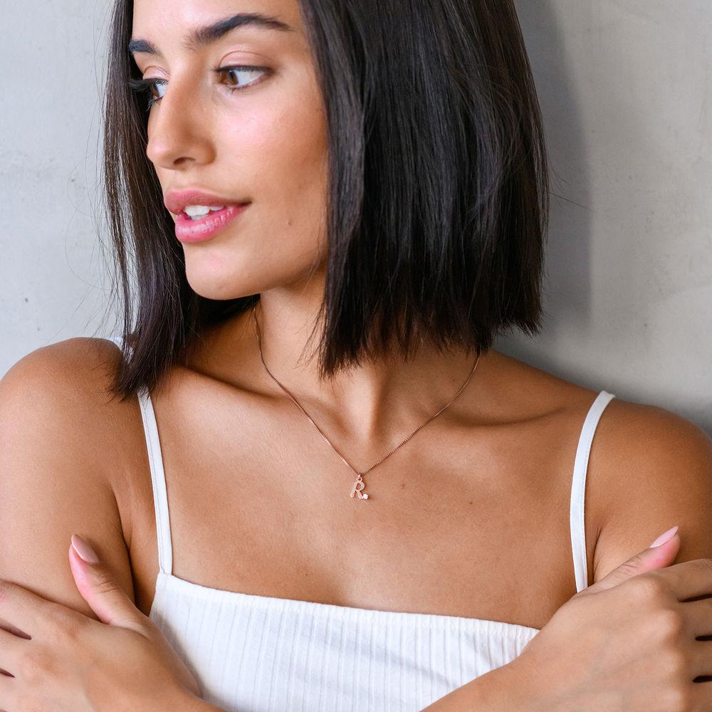 Initial-Halskette mit Diamant und Rosévergoldung - 2
