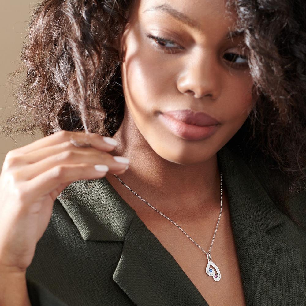 Gravierte Familienanhänger-Halskette mit Geburtssteinen aus Sterlingsilber - 5