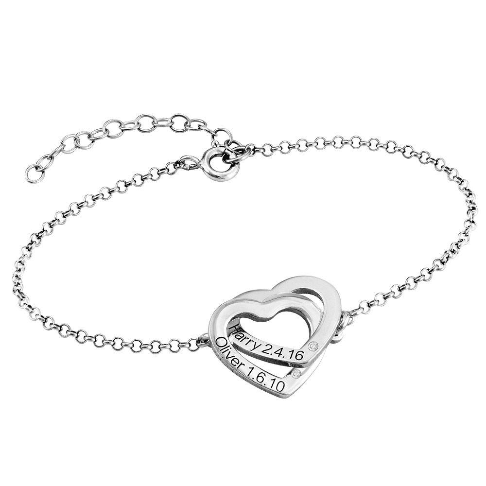 Verschlungenes Herzarmband mit Gravur aus Sterlingsilber mit Diamant