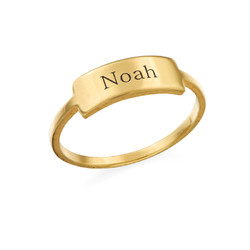 Gravierter Silberring mit Namensplakette - vergoldet Produktfoto
