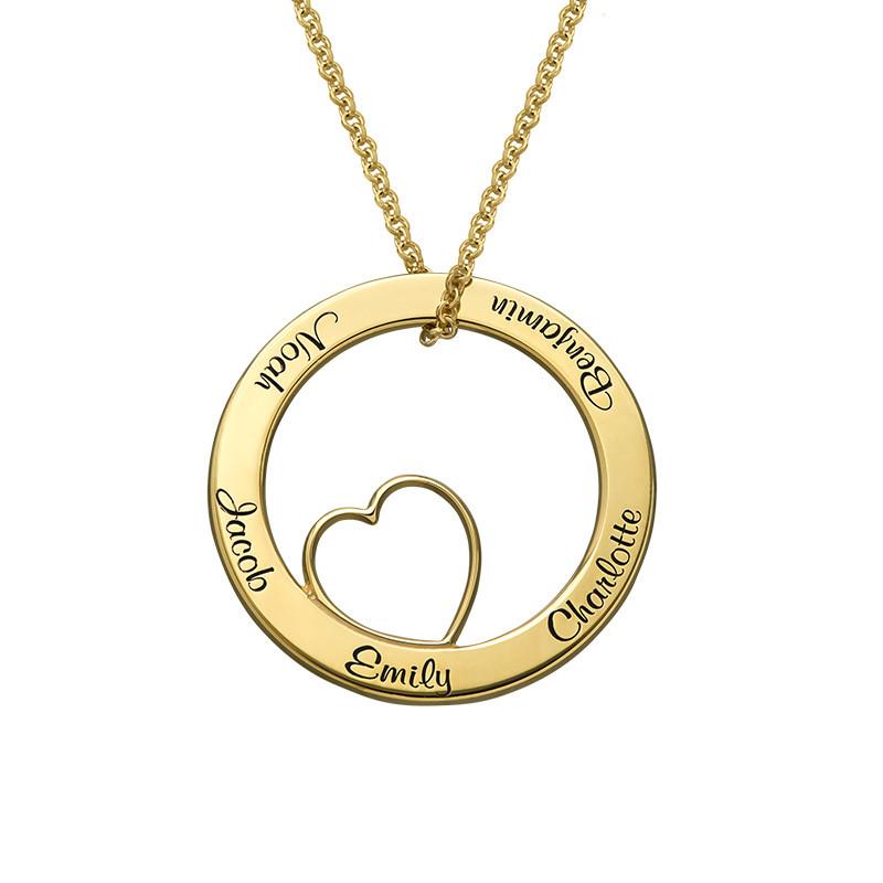 Ingraveret familie halskæde med hjerte i forgyldt sølv