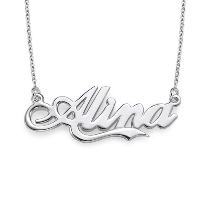 """Personlig """"Coca Cola"""" inspireret font navnehalskæde i sølv"""