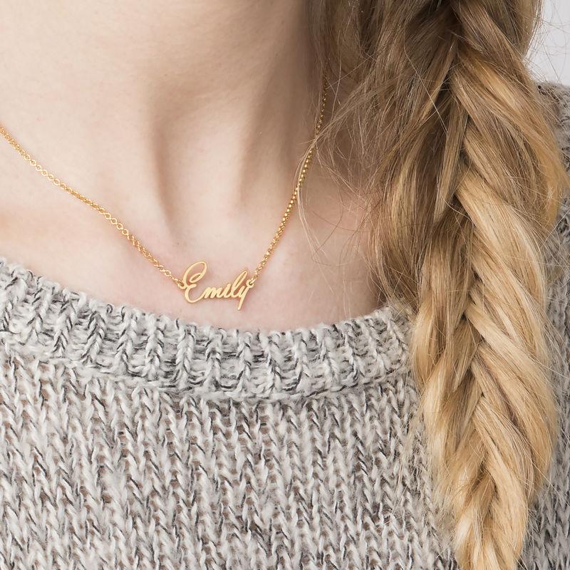 Lille NavneHalskæde for Kvinder med Ekstra Stærk Sølv og 18K Guldbelægning - 1