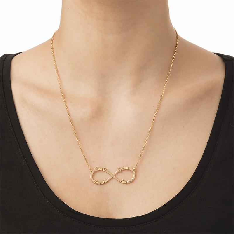 Infinity halskæde med fire navne i forgyldt sølv - 3