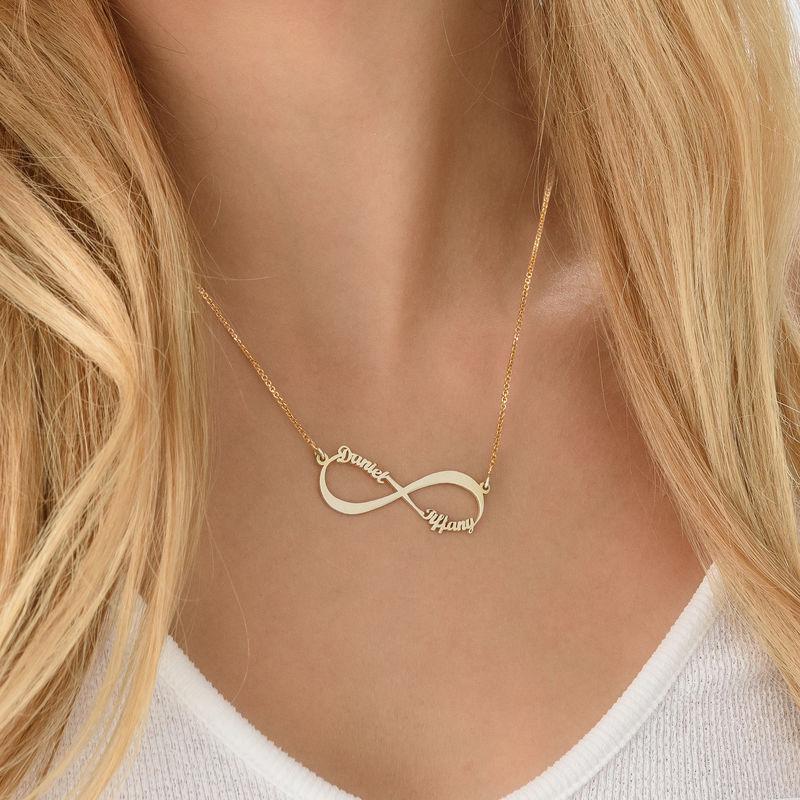 Infinity halskæde med navn i forgyldt sølv - 4