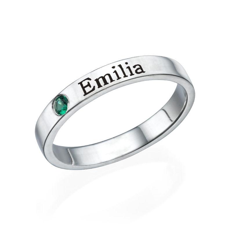 Stabelbar ring med navn og månedssten i sølv