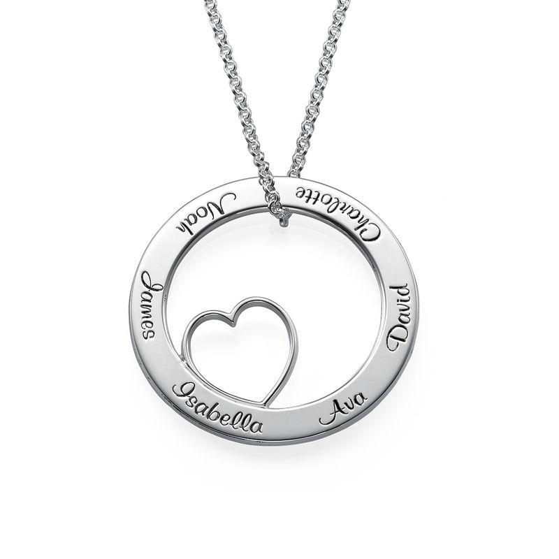 Ingraveret familie halskæde med hjerte i sølv