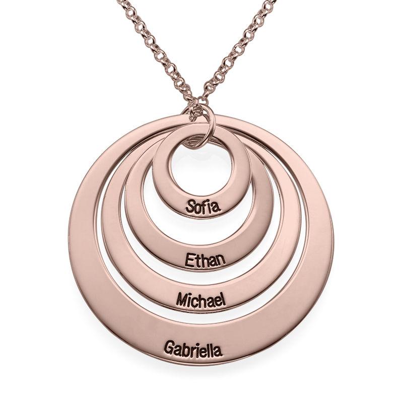Morsmykke med fire cirkler og indgravering i rosaforgyldt sølv