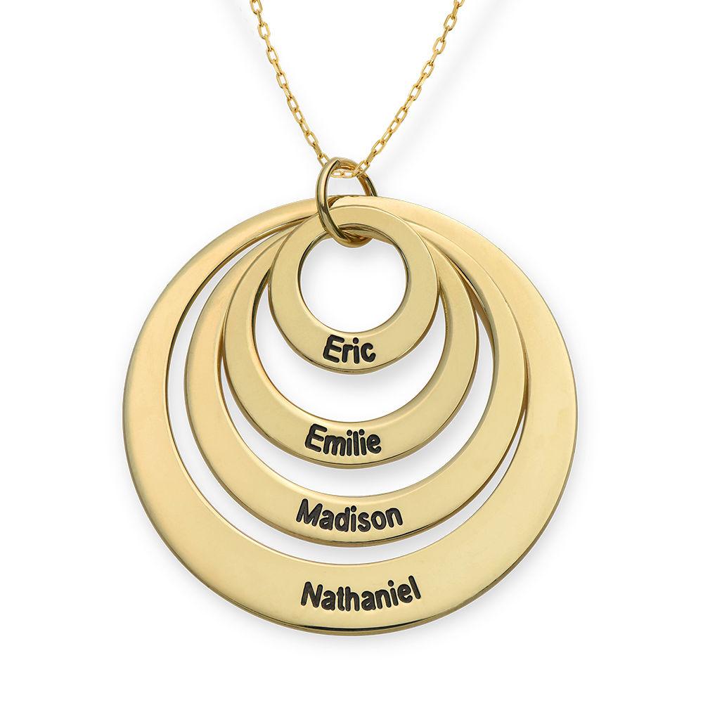 Morsmykke med fire cirkler og indgravering i 10 karat guld