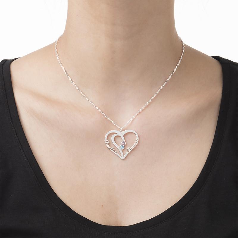 Hjerteformet kæreste halskæde med navne og fødselssten i sølv - 2