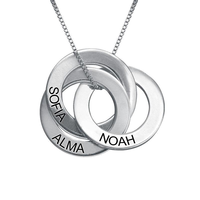 Russisk ring-halskæde med indgravering i sølv