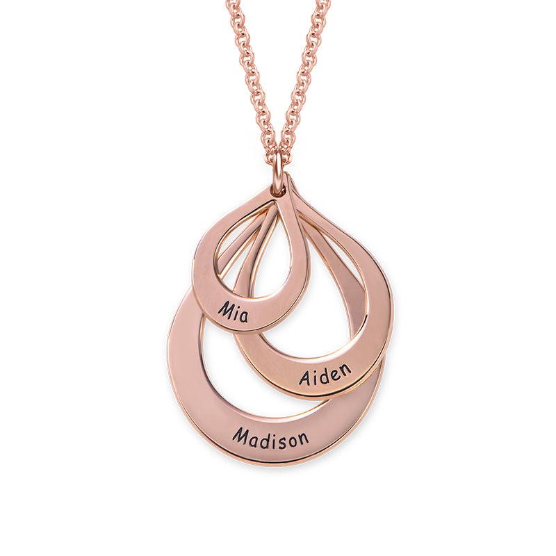 Familie halskæde med gravering og tre dråber i rosaforgyldt sølv - 1