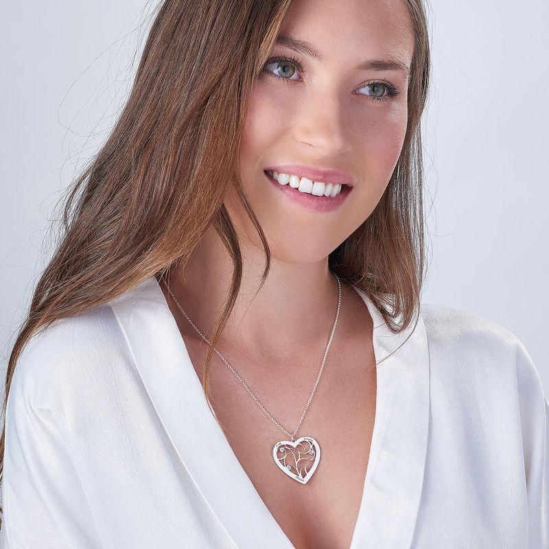 Hjerteformet livets træ halskæde med diamanter i sterlingsølv - 1