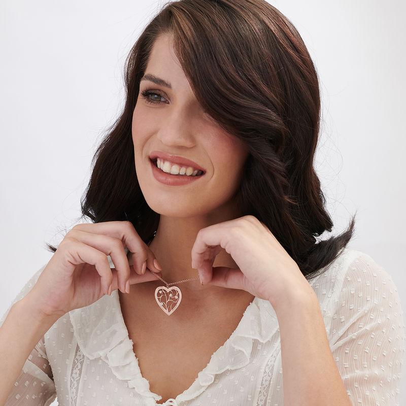 Hjerteformet livets træ halskæde med diamanter i rosaforgyldt sølv - 1