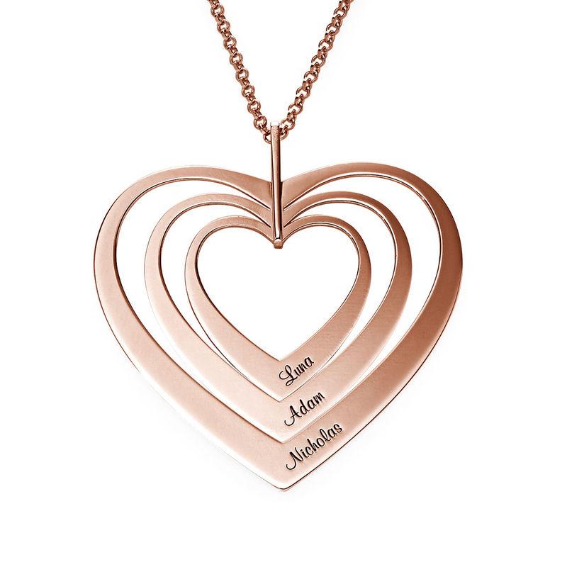 Hjerteformet familiehalskæde med navne i rosaforgyldt sølv