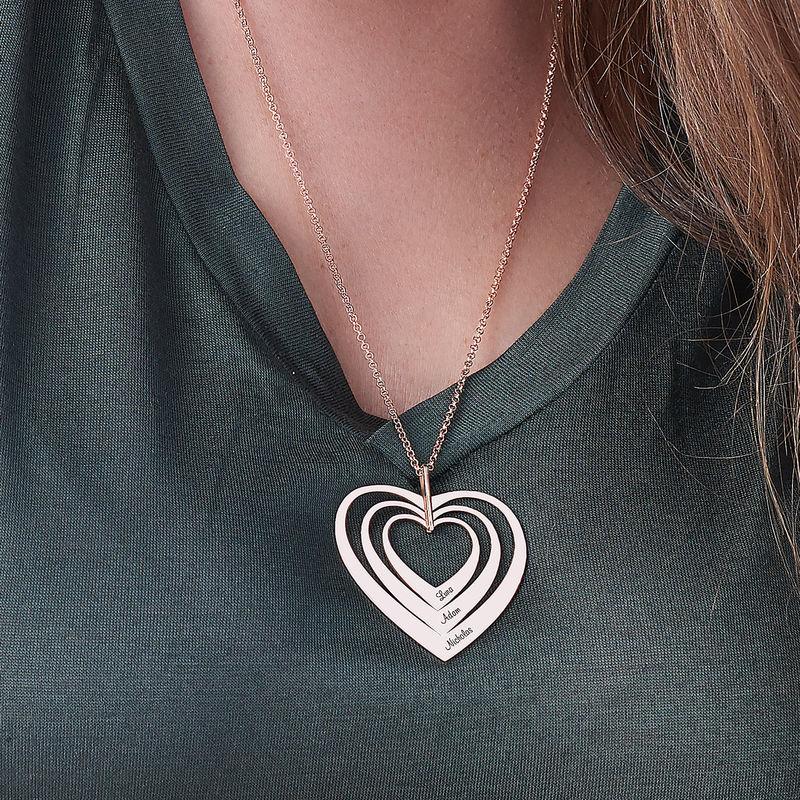 Hjerteformet familiehalskæde med navne i rosaforgyldt sølv - 3