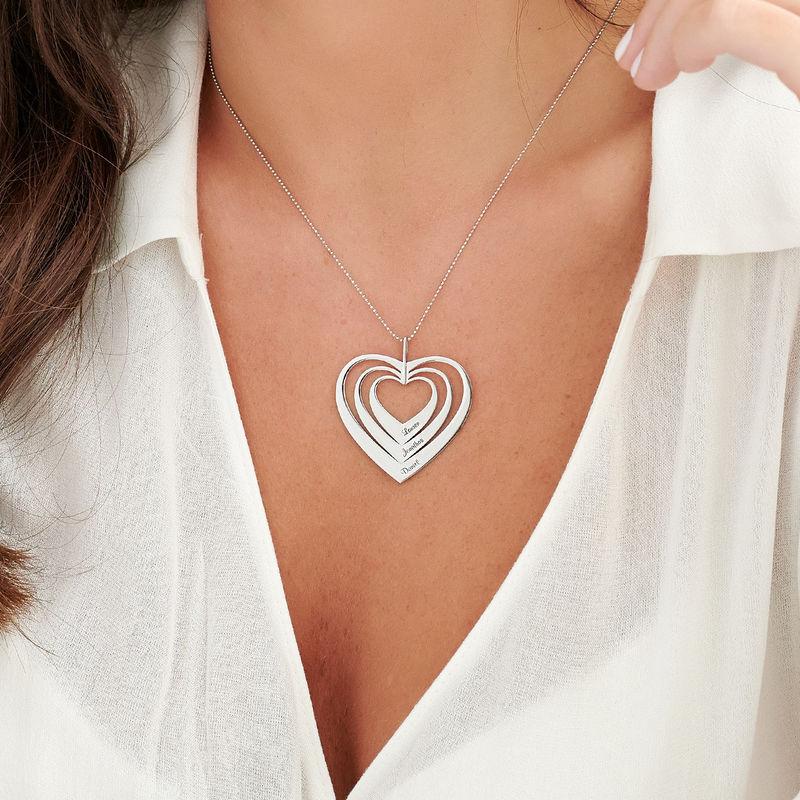 Hjerteformet familiehalskæde med navne i 10 karat hvidguld - 2
