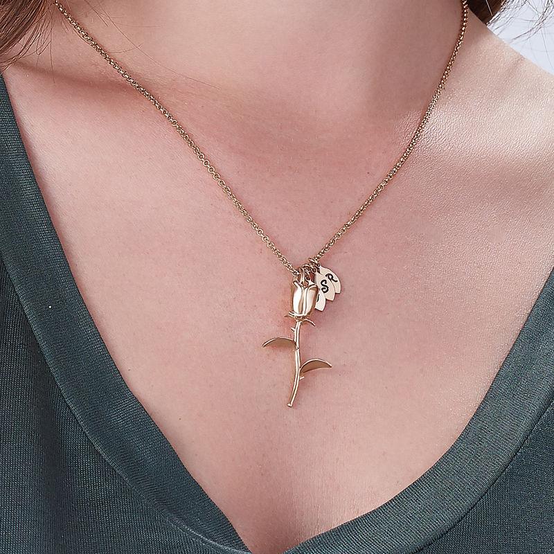 Rose halskæde med bogstav vedhæng i rosaforgyldt sølv - 3
