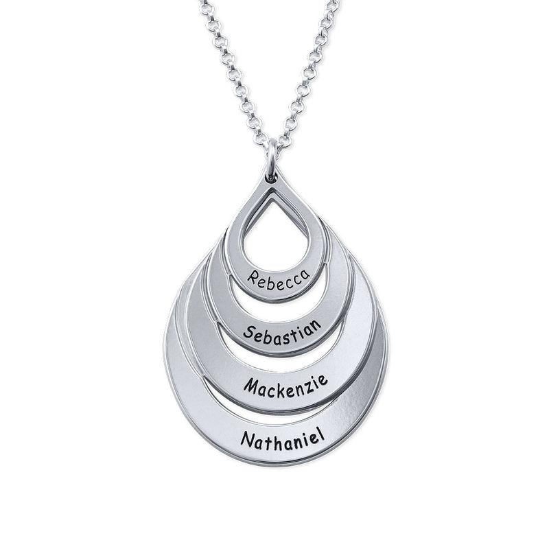 Familie halskæde med gravering og fire dråber i sølv