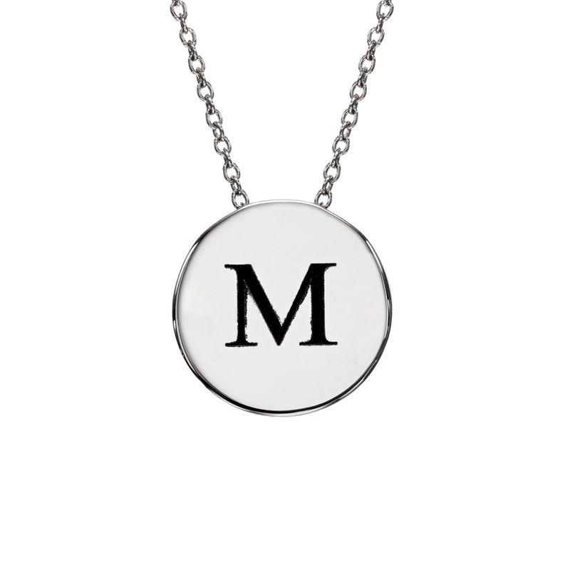 Cirkel halskæde med bogstav i sølv
