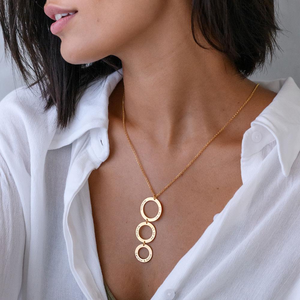Indgraveret halskæde med 3 cirkel vedhæng i forgyldt sølv - 2