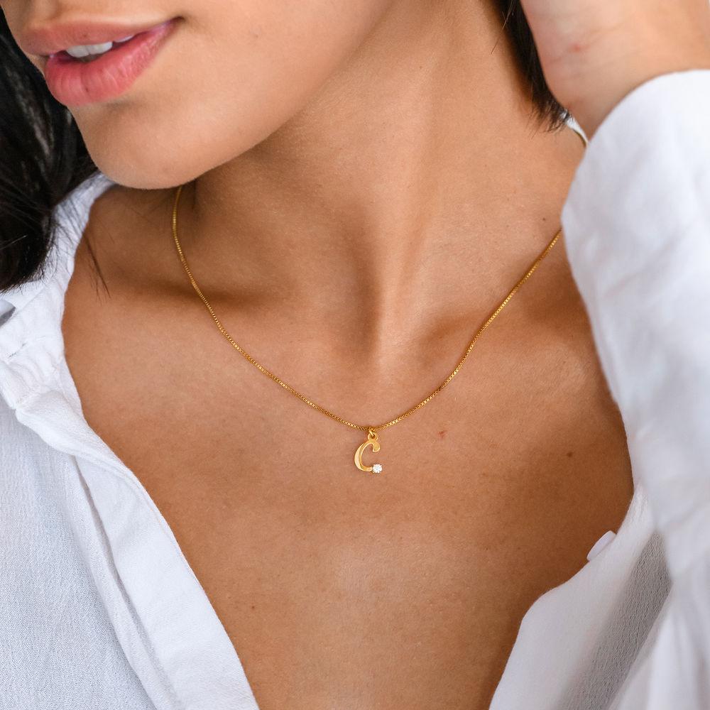Halskæde med diamant og bogstav i 18kt. guld vermeil - 1