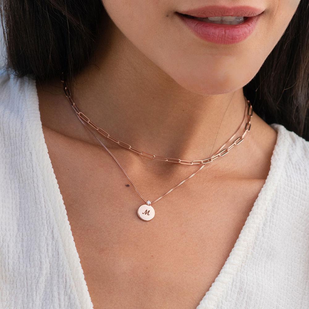 Lille cirkel halskæde med diamant & bogstav - rosaforgyldt - 1