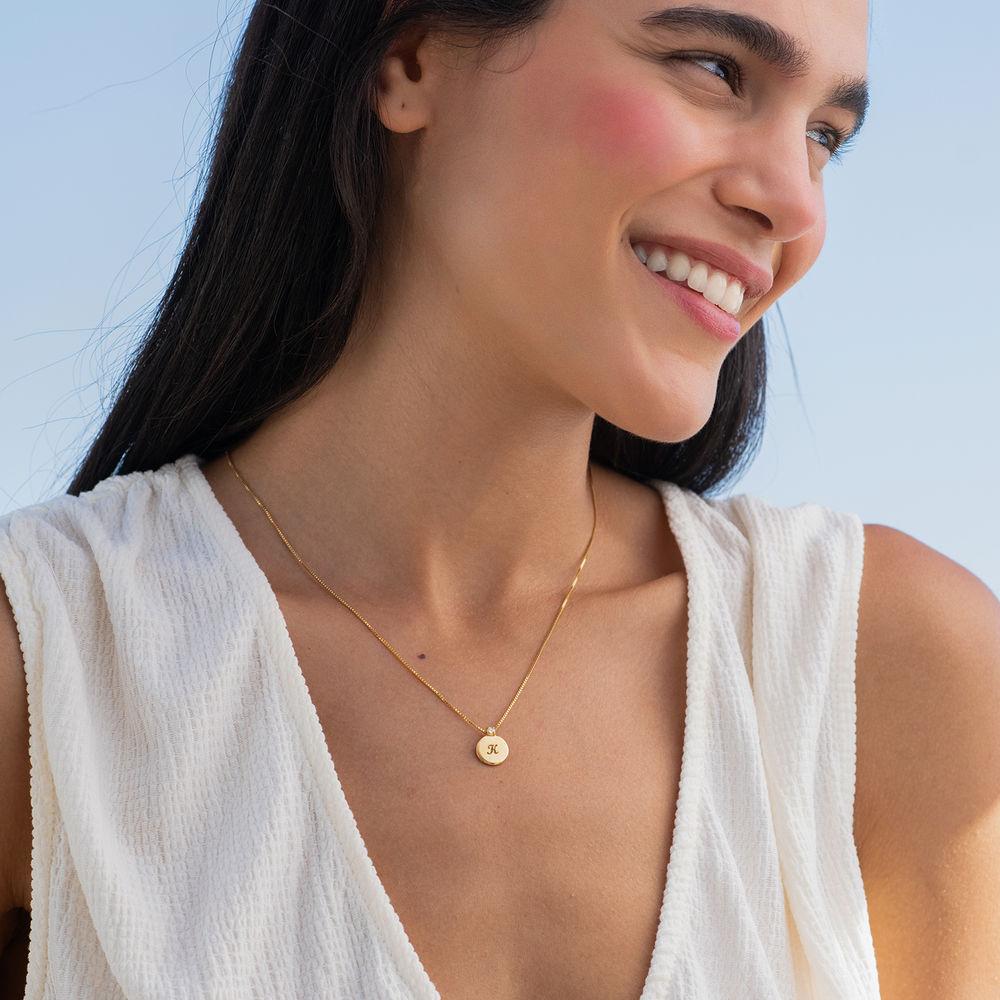 Lille cirkel halskæde med diamant & bogstav i guld vermeil - 2