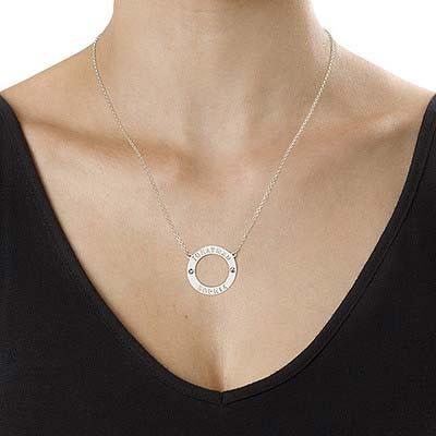 Personlig cirkelhalskæde i sølv med Swarovski - 1