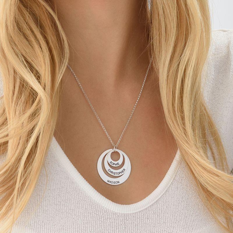 Morsmykke med tre cirkler og indgravering i sølv - 5