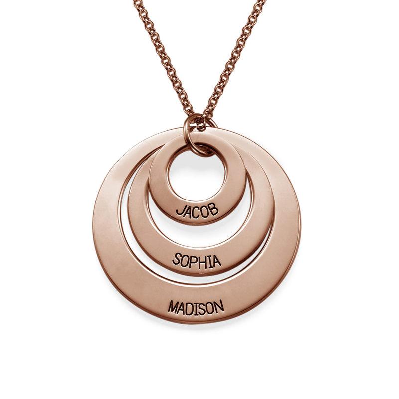 Morsmykke med tre cirkler og indgravering i rosaforgyldt sølv