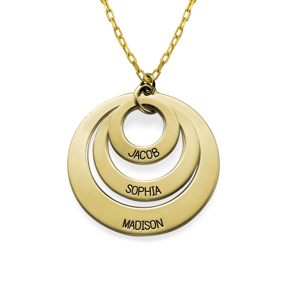 Morsmykke med tre cirkler og indgravering i 10 karat guld