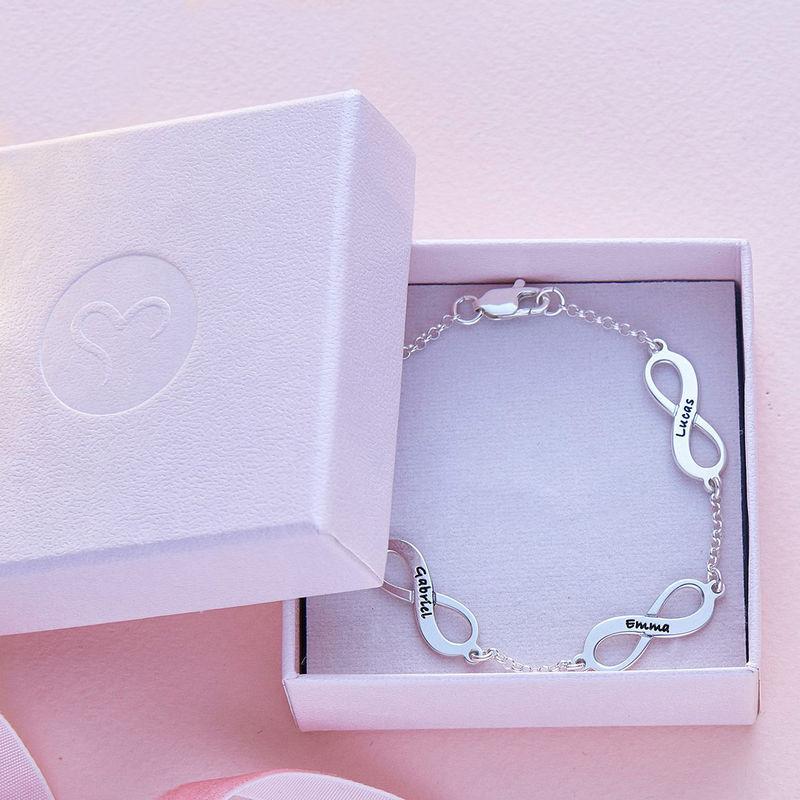 Infinity armbånd til mor med navn i sølv - 5