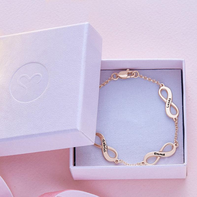 Infinity armbånd til mor med navn i rosaforgyldt sølv - 5