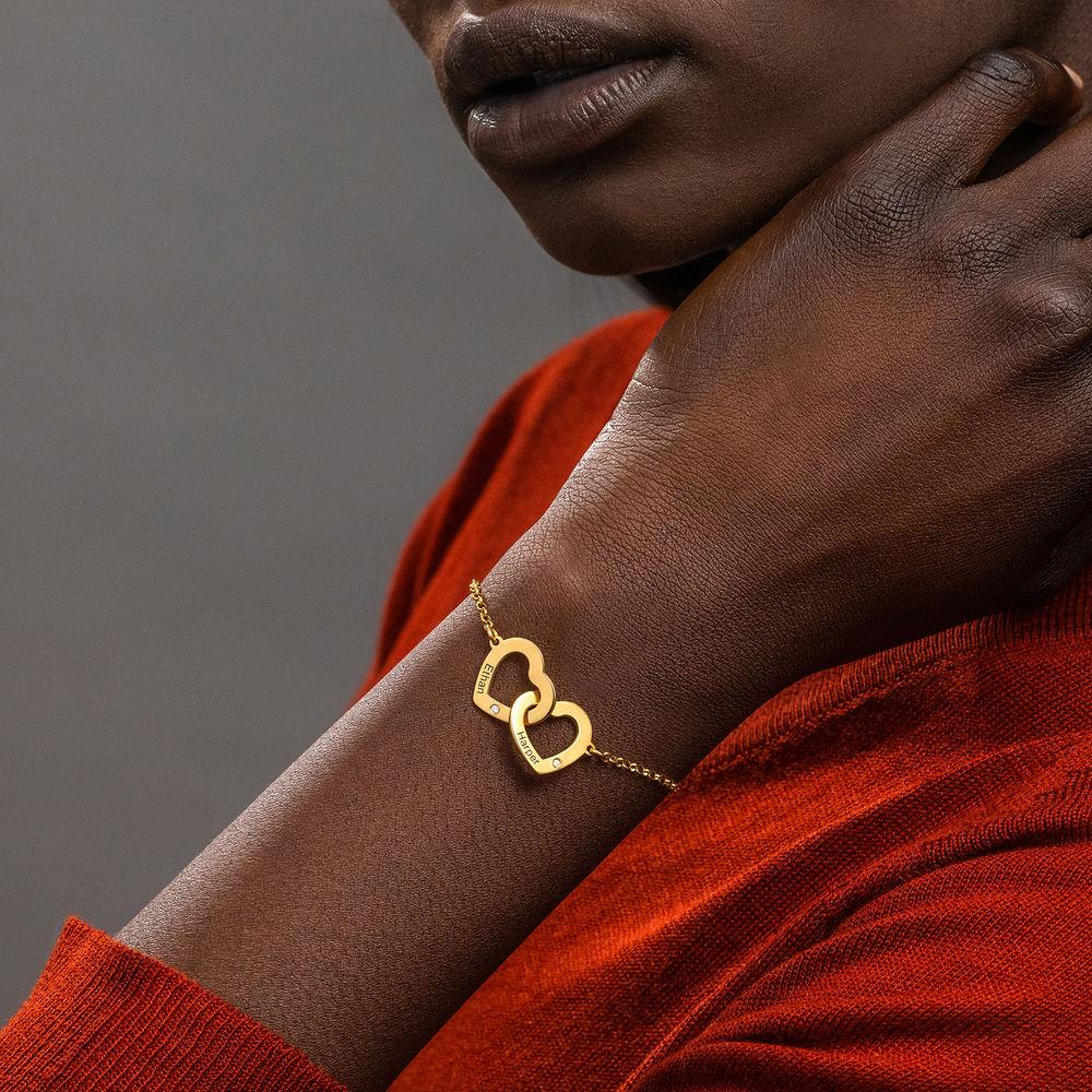 Sammenflettet hjerte armbånd med indgravering i guld vermeil med diamanter - 2