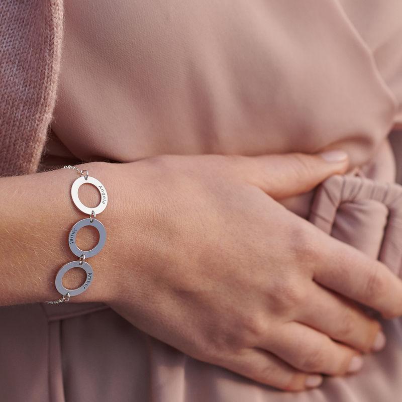 Indgraveret armbånd med 3 cirkel vedhæng i sølv - 3