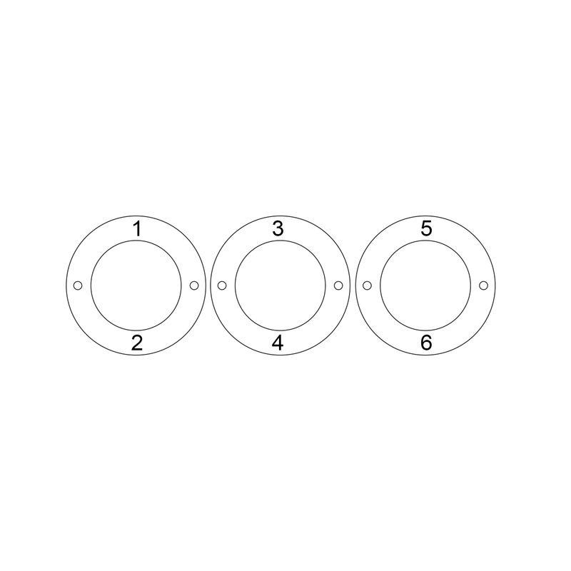Indgraveret armbånd med 3 cirkel vedhæng i forgyldt sølv - 4