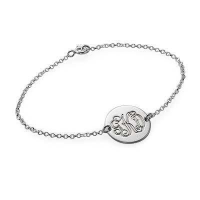Armbånd med bogstaver i momogram stil i sølv