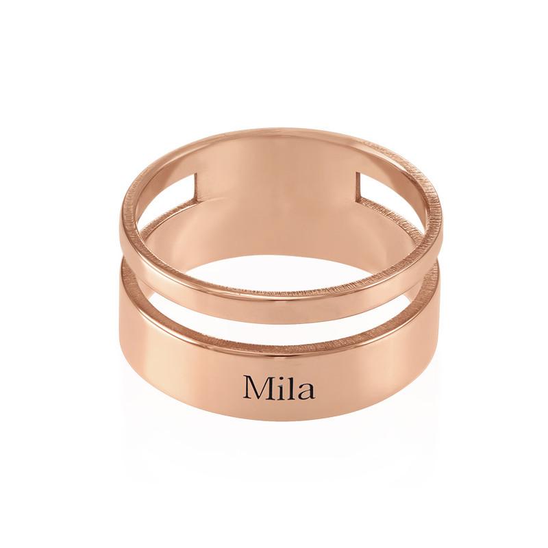 Asymmetrisk ring med navn i 18 karat rosaforgyldt sølv - 1